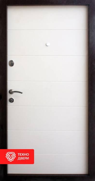 Дверь МДФ рис.Горизонтали в цвете венге и белый, 10023 внутреняя сторона