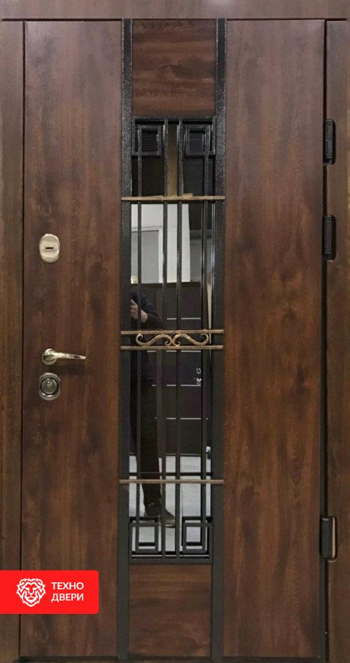 Дверь с ковкой и стеклом и терморазрывом, 26999