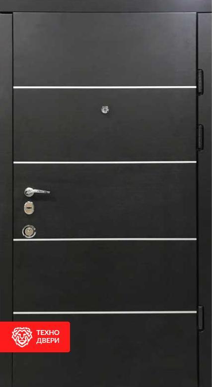 Дверь входная чёрно — белая  утепленная и усиленная, 26773 внешняя сторона